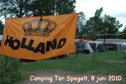 Kampeerders versieren de camping alvast